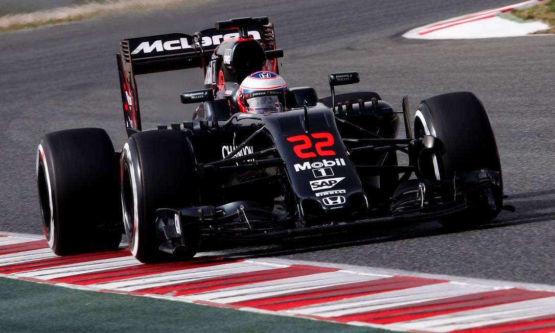 Outro carro exposto no circuito de Montmeló foi a McLaren JOSE JORDAN / AFP
