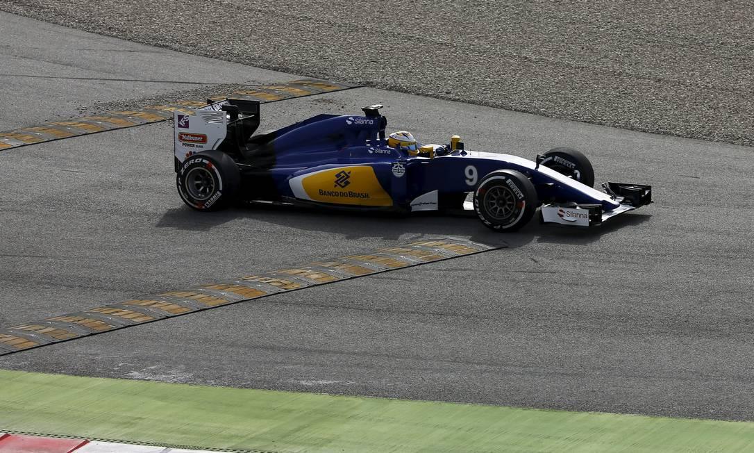 A Sauber manteve as cores azul e amarela em seu novo modelo SERGIO PEREZ / REUTERS