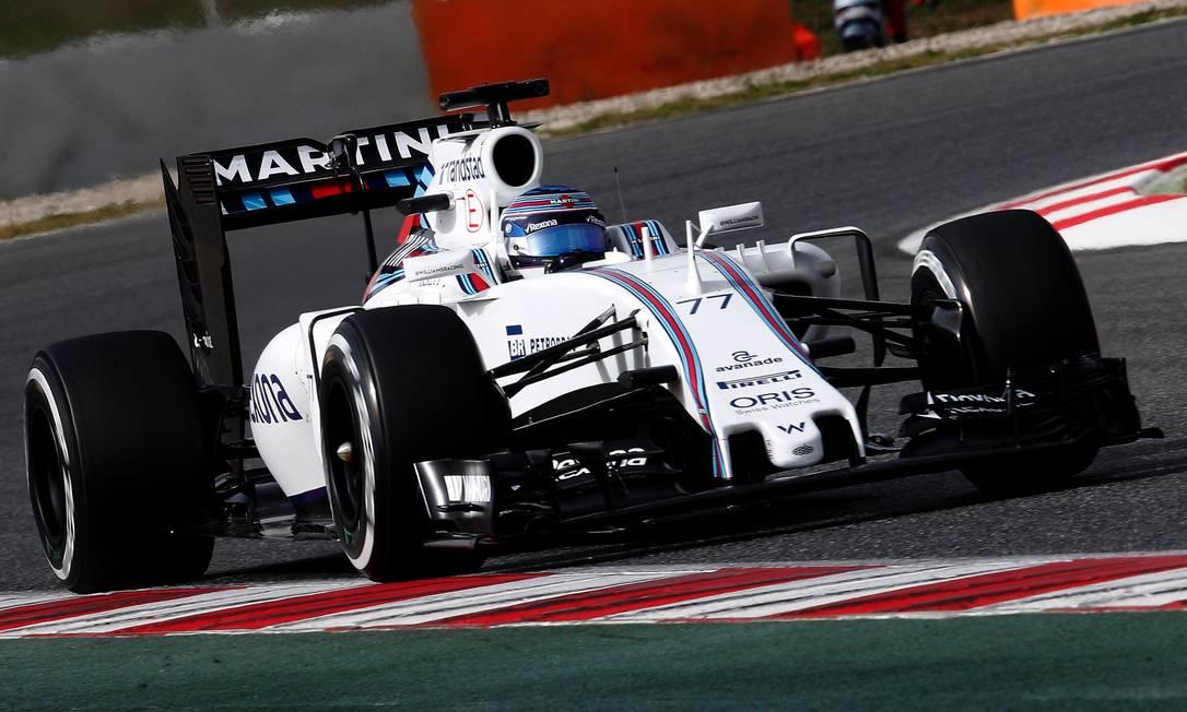 A Williams exibiu o seu novo modelo e foi para a pista com o finlandês Valtteri Bottas JOSE JORDAN / AFP