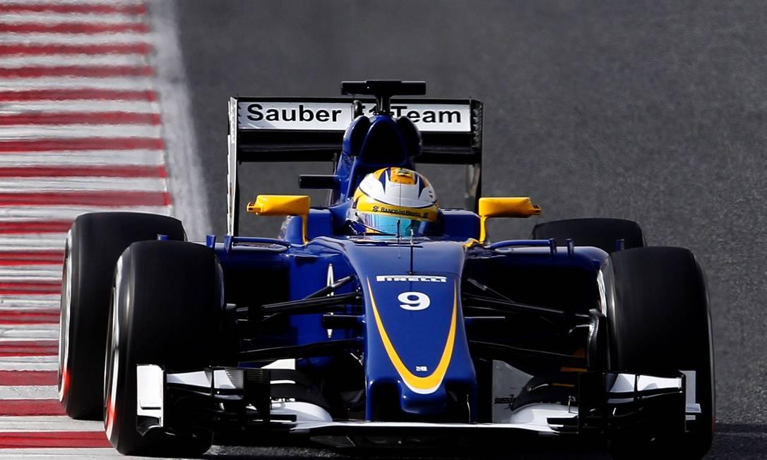 A equipe neste ano terá o sueco Marcus Ericsson, que foi para a pista em Barcelona, e o brasileiro Felipe Nasr JOSE JORDAN / AFP