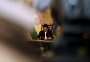 Morales fala com a imprensa no palácio presidencial Foto: DAVID MERCADO / REUTERS