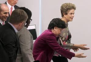 Dilma Rousseff com Margaret Chan, da OMS, em Brasília: para ela, o zika não atrapalhará os Jogos Olímpicos Foto: Givaldo Barbosa
