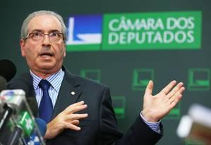 O Presidente da Câmara dos Deputados, Eduardo Cunha, anuncia decisão votar reforma tributária daqui a 30 dias Foto: Ailton de Freitas / Agência O Globo