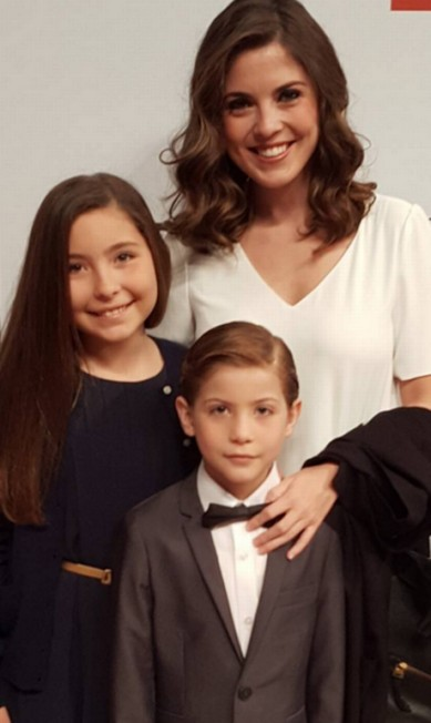 Christina é mãe de três filhos (a mais velha Emma, na imagem, Erica, a mais nova, e Jacob) e cuida das crianças, todas no show business Instagram