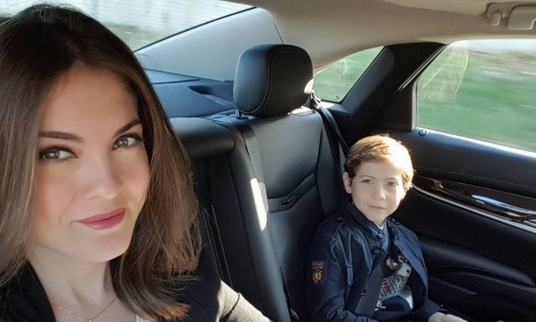 Segundo o ator, seus pais são tímidos. Mas sua mãe tem uma conta no Instagram onde mostra o cotidiano da família Instagram