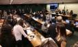 Conselho de Ética adia mais uma vez votação de processo de Cunha