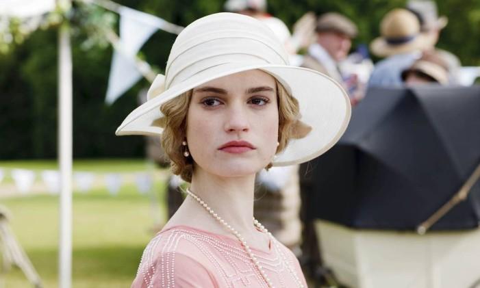 Lilly James como Lady Rose em 'Downton Abbey' Foto: Divulgação