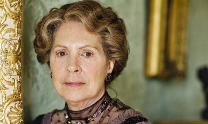 Penelope Wiltoncomo Isolbel Crawley, em 'Downton Abbey' Foto: Divulgação
