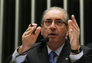Mesmo presente na Câmara, Eduardo Cunha adia data para ser notificado pelo Conselho de Ética Foto: Ailton de Freitas / Agência O Globo