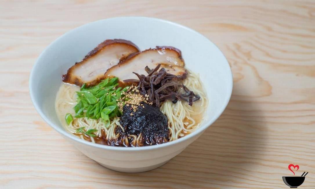 Um dos pratos do restaurante Tatsu Ramen, onde DiCaprio comeu. Em média, os preços vão de US$ 4 (R$ 15) a US$ 12 (cerca de R$ 45) Reprodução Facebook / Tatsu Ramen