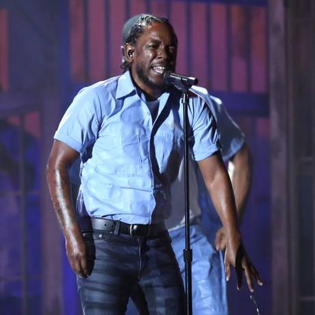 Kendrick Lamar (em apresentação no Grammy, em fevereiro) expõe diversas facetas de sua personalidade em 'untitled unmastered' Foto: Matt Sayles / Matt Sayles/Invision/AP