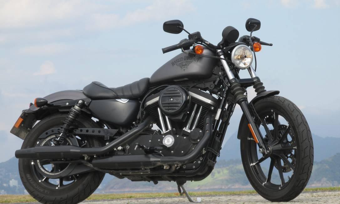 Harley-Davidson Iron 883: o sofrimento ficou no passado