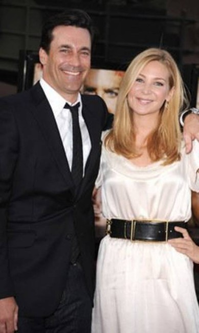 Com a diretora Jennifer Westfeldt, sua companheira por 18 anos. O casal resolveu terminar o relacionamento em 2015, em meio a problemas do ator com o alcoolismo Steve Granitz / Divulgação