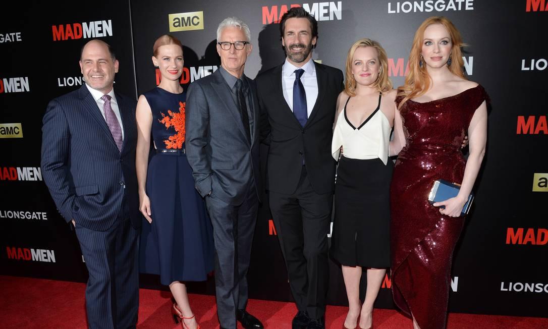 Com Matthew Weiner, criador de 'Mad men', e o restante do elenco da série, em evento comemorativo em Nova York, no MoMa Evan Agostini / Evan Agostini/Invision/AP