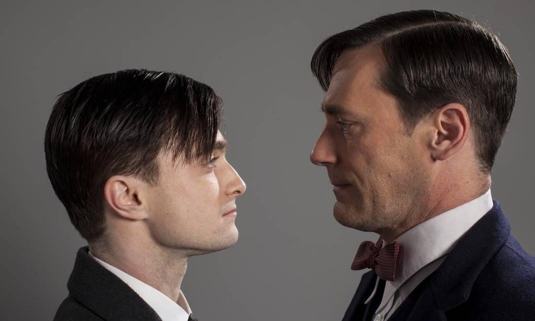 Com Daniel Radcliffe, em 'Diário de um jovem médico': o intérprete de Harry Potter viveu uma versão mais jovem de Jom Hamm na série da HBO Colin Hutton / Divulgação