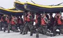 Militares fazem treinamento da Navy Seals na California Foto: Denis Poroy / AP