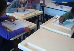 Crianças fazem teste para apurar o transtorno de déficit de atenção com hiperatividade Foto: Divulgação/Coppe