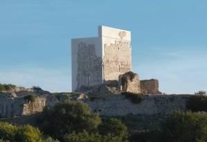 Castelo foi preenchido por uma estrutura de concreto Foto: DIVULGAÇÃO/HISPANIA NOSTRA