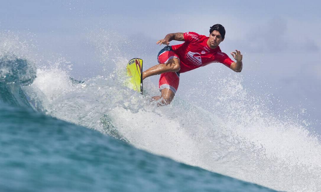 Já Gabriel Medina passou para a segunda rodada depois de derrotar o brasileiro Caio Ibelli e o havaiano Sebastian Zietz Divulgação/WSL
