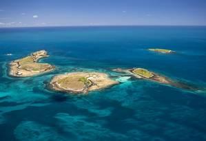 O arquipélago. Ilhas do Parque Nacional Marinho da Região dos Abrolhos, também formada por um grande mosaico costeiro Foto: Enrico Marcovaldi / Enrico Marcovaldi/Projeto Baleia Jubarte/Divulgação