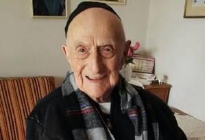 Kristal vive em Haifa (Israel) e tem 112 anos e 178 dias de vida Foto: SHULA KOPERSHTOUK / AFP