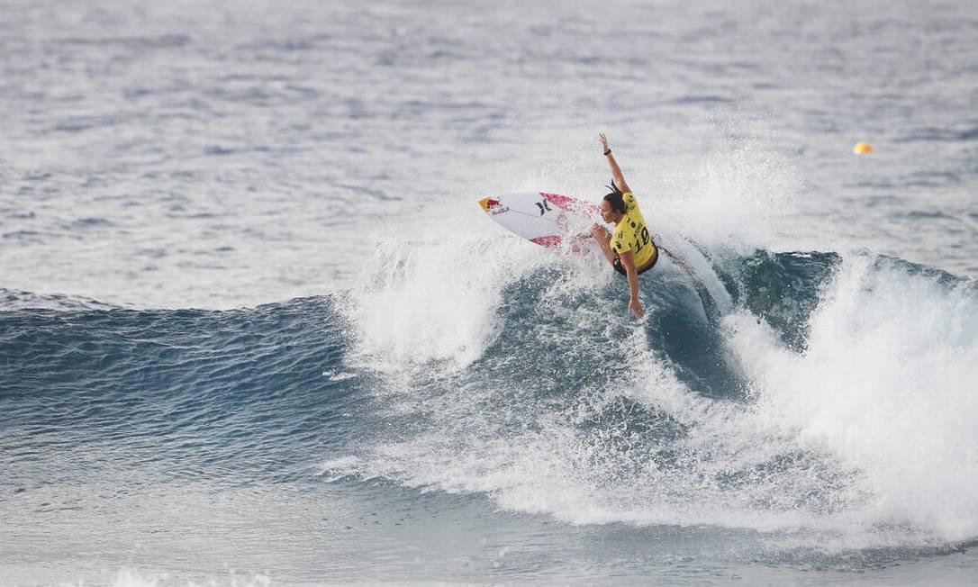 E a atual campeã Carissa Moore já está nas quartas de final Foto: Divulgação/WSL