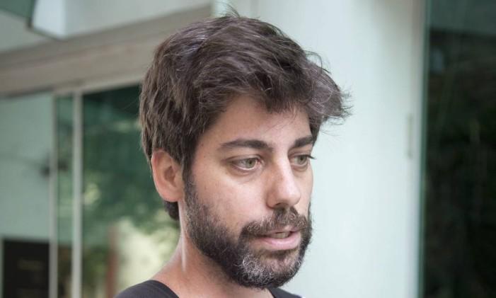 Rodrigo Oliveira, 37, livreiro Foto: Mônia Imbuzeiro / Agência O Globo