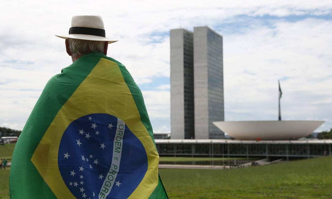 Manifestações pelo impeachment da presidente Dilma Rousseff na Esplanada dos Ministérios, em frente ao Congresso Nacional Michel Filho / Agência O Globo