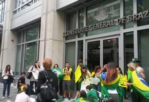 Manifestação reuniu dezenas em Washington Foto: Henrique Gomes Batista / O Globo