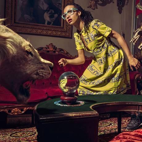 """Aos 31 anos, Esperanza Spalding muda de visual e assume novos sons em """"Emily's D + Evollution"""" Foto: Holly Andres / Divulgação"""