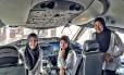 Parte da tripulação feminina da Royal Brunei Airlines