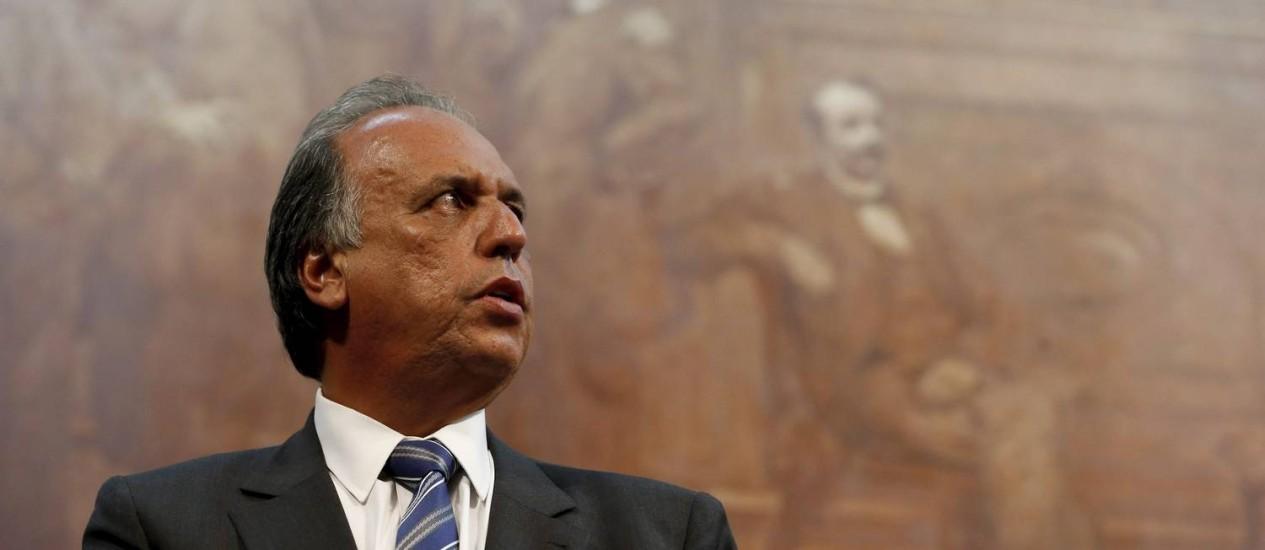 O governador Luiz Fernando Pezão está internado desde sábado Foto: Domingos Peixoto / Domingos Peixoto