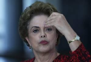BRASIL - BRASÍLIA -BSB - 16/03/2016 - A Presidente Dilma Rousseff concede entrevista coletiva no Palácio do PLanalto sobre a indicação do ex presidente Lula para A Casa Civil e sobre escândalos de corrupção envolvendo membros de seu governo. FOTO ANDRE COELHO / Agencia O Globo Foto: ANDRE COELHO / Agência O Globo