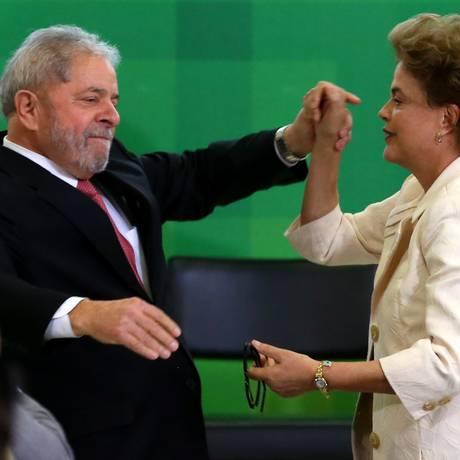 O ex-presidente Lula toma posse como ministro da Casa Civil de Dilma Foto: Ailton de Freitas / Agência O Globo
