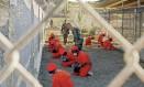 Detentos na prisão de Guantanamo, em foto de 2011 Foto: STR / REUTERS