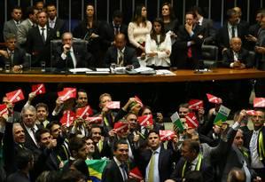 Câmara elege comissão especial do impeachment de Dilma Foto: Ailton de Freitas / Agência O Globo