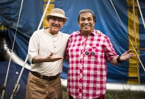 Renato Aragão e Dedé Santana no set de 'Saltimbancos Trapalhões: Rumo a Hollywood' Foto: Mônica Imbuzeiro