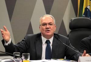 Luiz Edson Fachin foi escolhido por sorteio para analisar recurso da defesa de Lula Foto: Jorge William / Agência O Globo