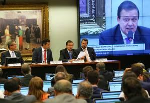 Comissão do Impeachment começa com polêmica sobre delação de Delcídio Foto: Ailton de Freitas / Agência O Globo