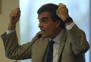 O Advogado-geral da União, José Eduardo Cardozo Foto: André Coelho / Agência O Globo