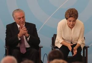 O vice-presidente Michel Temer com a presidente Dilma Rousseff Foto: Ailton de Freitas/24-11-2015 / Arquivo O Globo