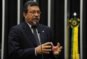 Dep. Afonso Florence no plenário Foto: Beto Oliveira / Câmara dos Deputados