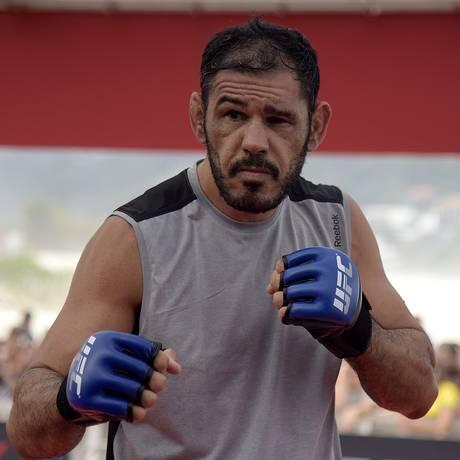 Lutador de UFC se prepara a próxima briga, em Curitiba Foto: Alexandre Loureiro / Divulgação