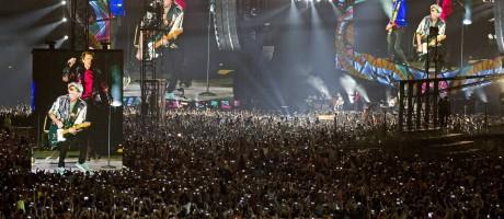 Milhares de pessoas assistem a show gratuito da banda inglesa em Cuba Foto: Ramon Espinosa / AP