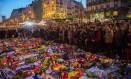 Centenas de pessoas homenageiam vítimas dos atentados em Bruxelas Foto: LAURIE DIEFFEMBACQ / AFP