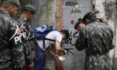 Força-tarefa para combater o mosquito Aedes aegypti Foto: Domingos Peixoto / Agência O Globo