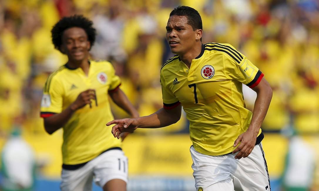Bacca deixou sua marca na vitória da Colômbia sobre o Equador JOHN VIZCAINO / REUTERS