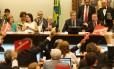 A comissão especial de impeachment ouve os juristas Miguel Reale Jr. e Janaína Paschoal, autores da denúncia contra a presidente Dilma Rousseff