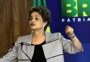 Dilma compara intolerância vivida no Brasil com o nazismo Foto: Givaldo Barbosa / Agência O Globo