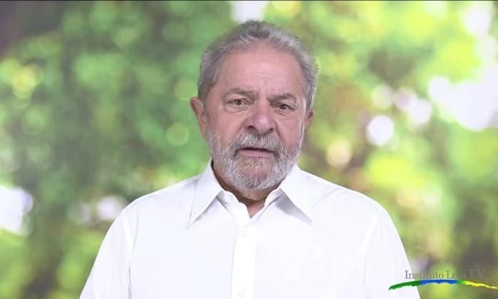 Lula: 'Não há poder legítimo se a fonte não for o voto popular'